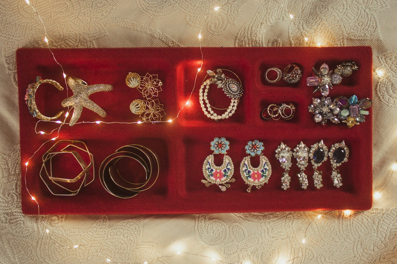 Przechowywanie biżuterii – ładnie i wygodnie.