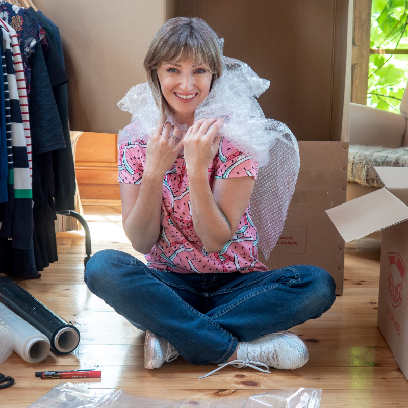 Jak poradzić sobie z przeprowadzką – pakowanie, oznaczanie i pudełka!