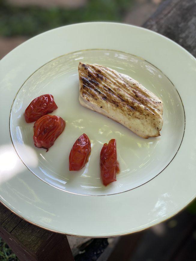 grillowany kurczak z pomidorami